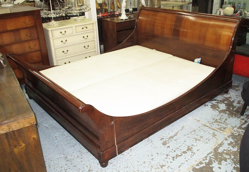 Sleigh Bed 6ft By And So To Bed In Mahogany With Struts Bed