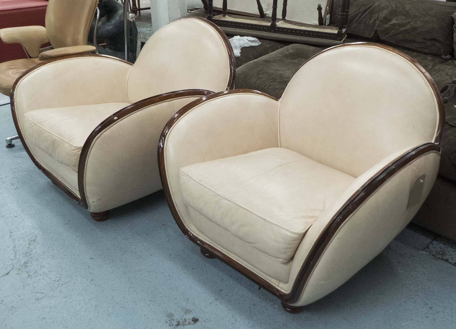 Armchairs A Pair Art Deco Style In Cream Leather Edged In Wood  # Muebles Fomento