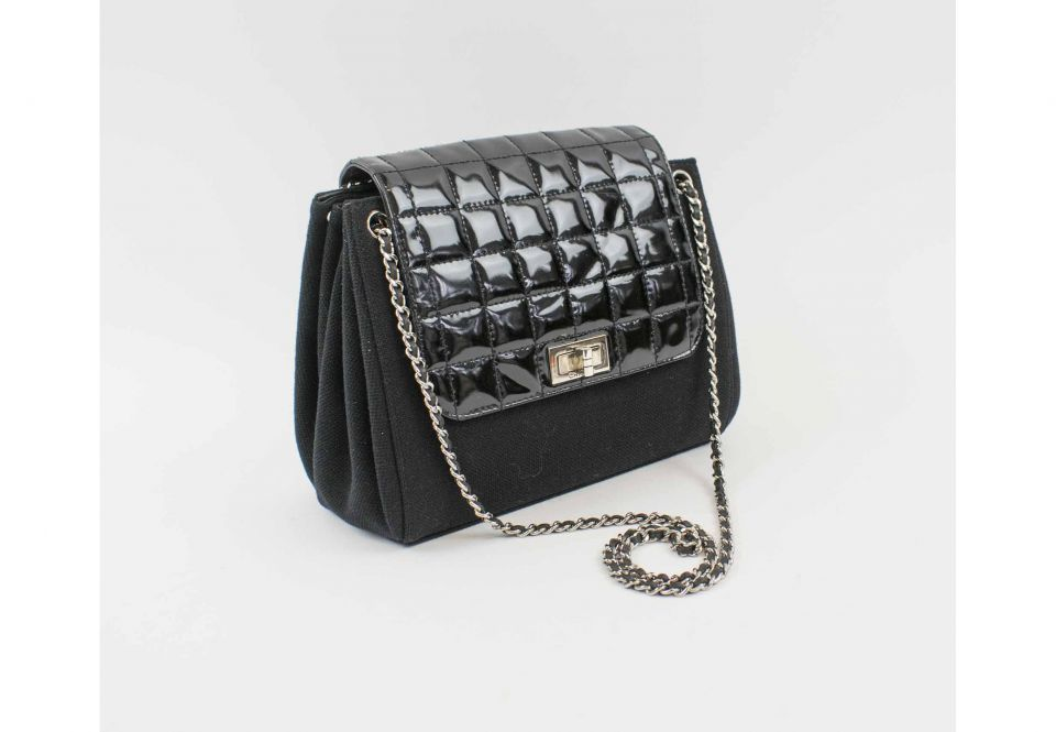 adb66039e448 CHANEL FABRIC SHOULDER/CROSSBODY BAG, with patent leather flap ...