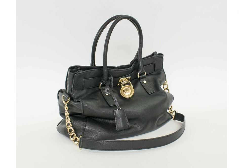 ab2a0dc39060 MICHAEL KORS HANDBAG, black leather with two top handle and gold ...