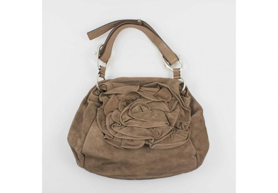 efba353b5c58d YVES SAINT LAURENT PLEINE FLEUR ANILINE SHOULDER BAG