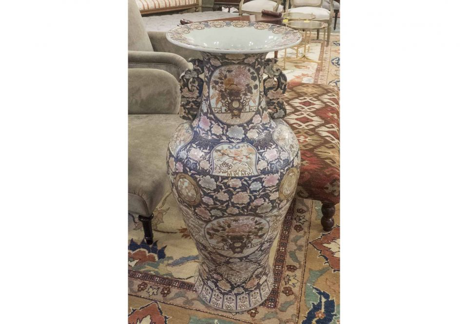 b0aef755ffc1a FLOOR STANDING VASE, Chinese allover chinoiserie Imperial blue and ...